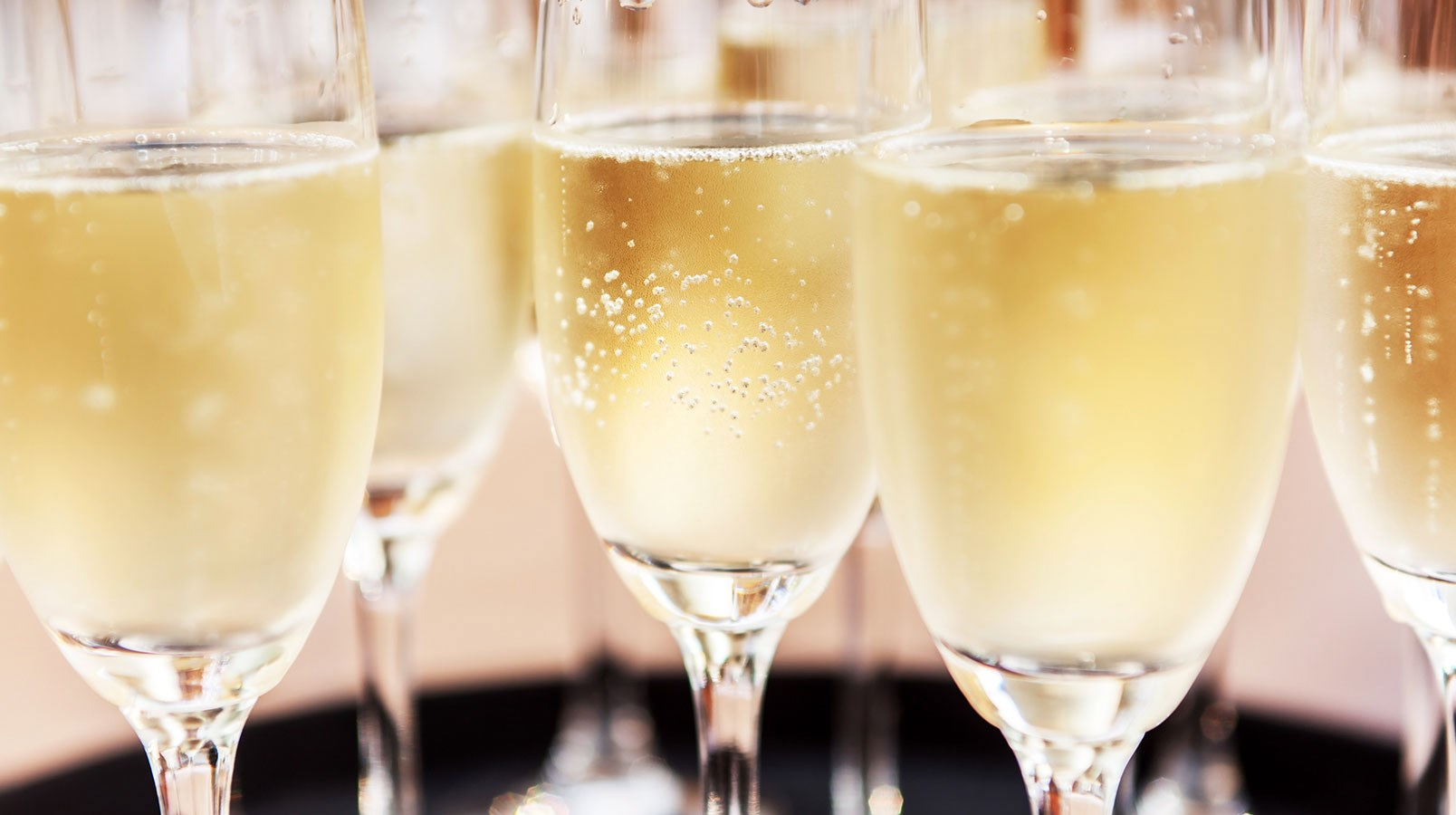 What S The Best Glass For Champagne Wine Spirit Education Trust